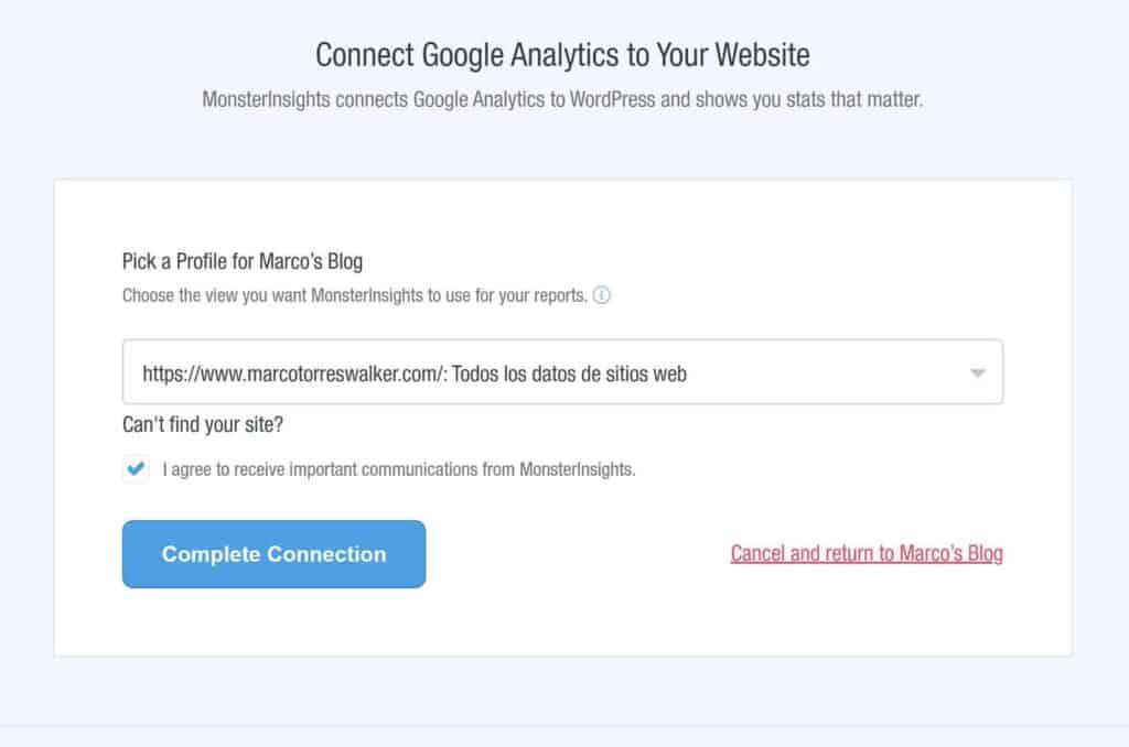 Elige la cuenta con la que vincular Google Analytics y WordPress.